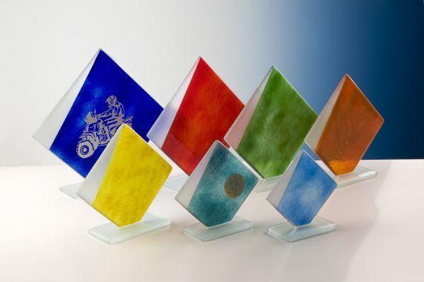 Fusingglas bunt auf Bodenplatte
