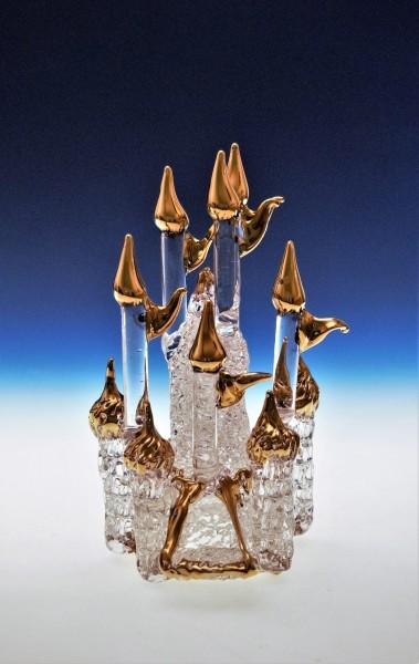 Schloß aus Kristallglas mit Gold