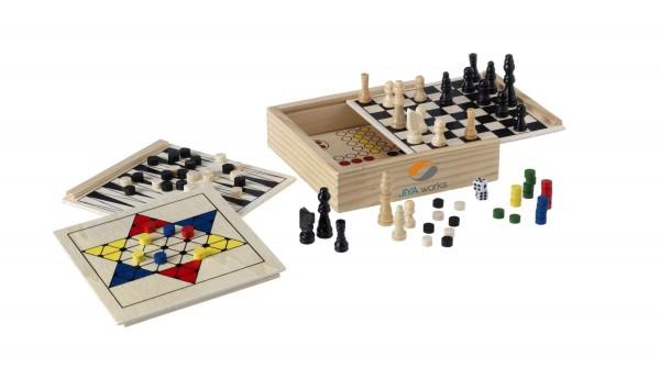5 klassische Spiele in einer Holzbox