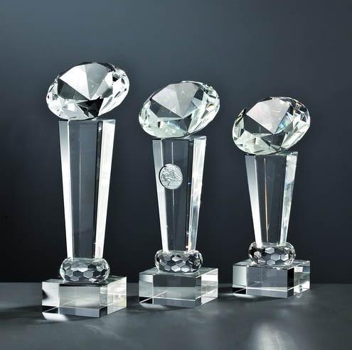 Kristall-Trophäe mit Glas Diamant