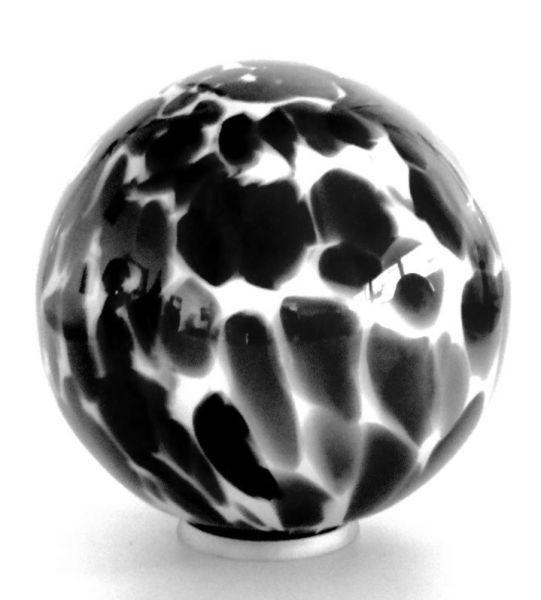Glasurne schwarz-braun-weiß