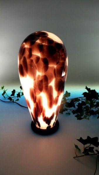 Glas-Lampe schwarz-weiß