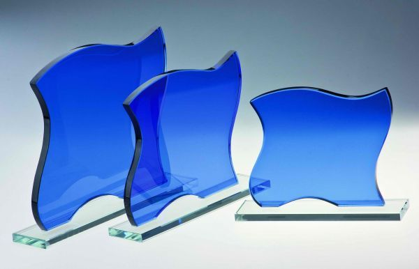 kobaldblaue Glastrophäe