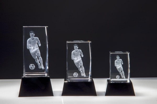 Kristallblock in 3 D Fußball-Sockel