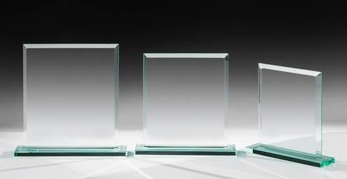Jade-Kristallglas Trophy auf Sockel