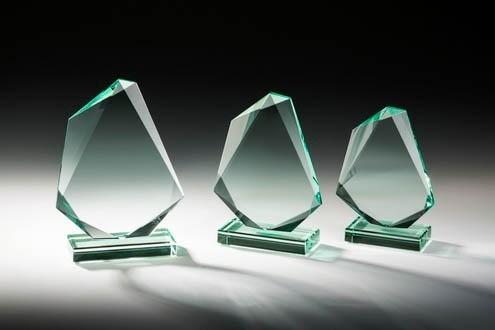 Jade-Glastrophy Glasfels